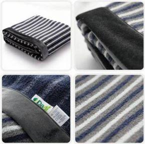 大愛感恩科技-環保條紋刷毛毯 花色自然織造 觸感細緻 舒適保暖