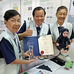 CAPTION: DA.AI Technology participated in the three-day Malaysia Technology Expo (MTE) 2018 with its Pressure Garments for   limbs, which received a gold medal & special award during the event. DA.AI Technology wishes to bring more people benefit with   exhibitions and promotions, and many thanks to Malaysian Tzu Chi volunteers' support, helping us to demonstrate   humanitarianism and Great Love during MTE 2018.(Photo by: DA.AI Technology Co., Ltd.)